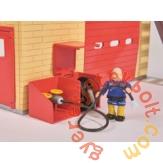 Simba Sam, a tűzoltó - Tűzoltóállomás forgó padlóval és figurával (8282)