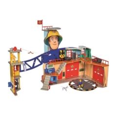Simba Sam, a tűzoltó Mega XXL tűzoltóállomás figurával (1059)