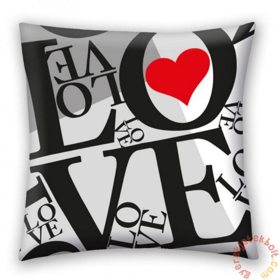 Love, Valentin napi díszpárna 40 x 40 cm-es